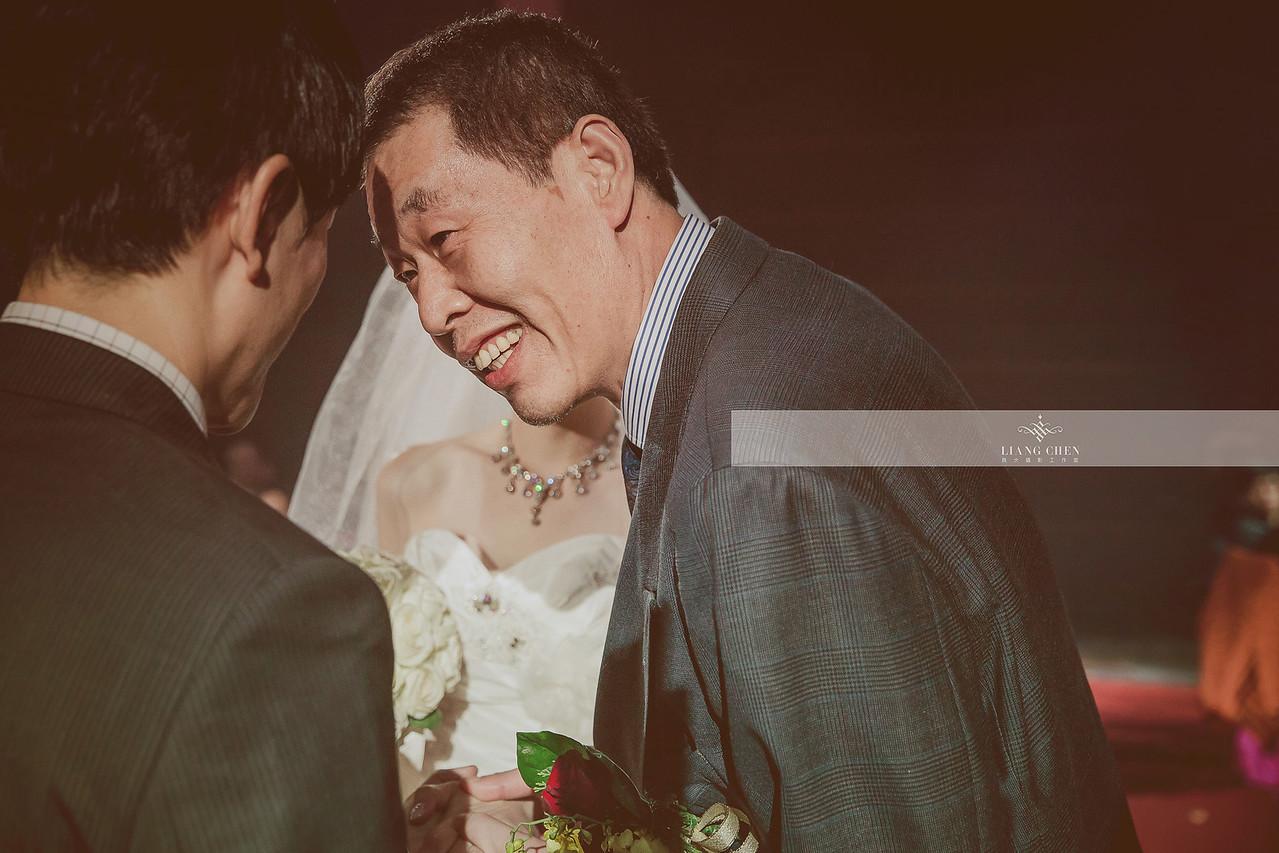自主婚紗,獨立婚紗,自助婚紗,海外婚禮, 海外婚紗,婚紗攝影,,image ,Wedding photo,pre wedding,bride, 婚攝,台北攝影師,台灣攝影師,婚紗攝影師,婚紗攝影工作室,良大LiangChen,婚禮攝影, 婚禮紀錄,婚禮,婚紗,攝影,白紗,禮服, 婚禮攝影,婚禮拍照,拍婚紗,拍婚禮,結婚迎娶,訂婚儀式,人像婚紗, 個性時尚婚紗, Howbon Floral Design 好棒花藝,新娘捧花,Alisha&Lace 愛儷紗&蕾絲手工婚紗,棚內婚紗照,肖像婚紗,陽明山,造型師Vivi Makeup Studio,造型師瑋翎,造型師Nina楊夢稊, 白紗禮服,量身訂制白紗禮服,大直維多利亞酒店
