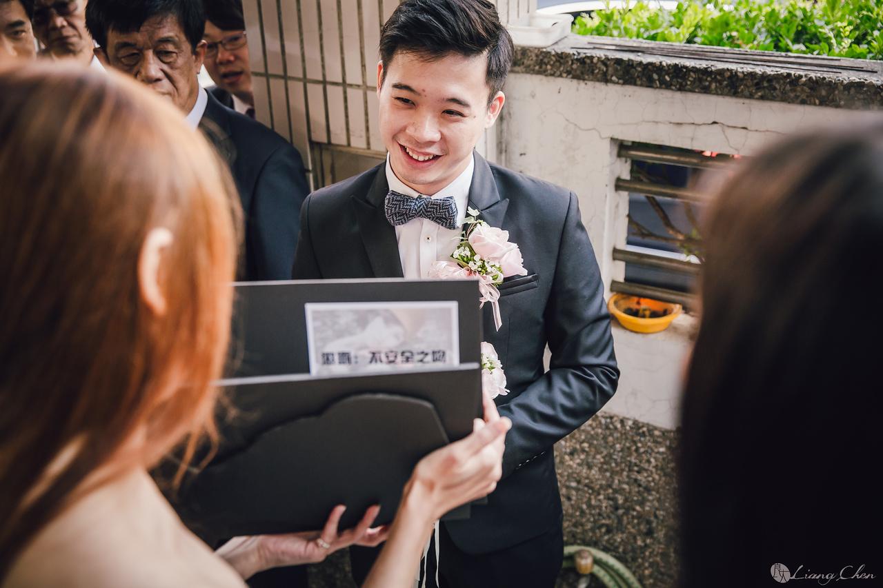 自主婚紗,獨立婚紗,自助婚紗,海外婚禮, 海外婚紗,婚紗攝影,,image ,Wedding  photo,pre wedding,bride, 婚攝,台北攝影師,台灣攝影師,婚紗攝影師,婚紗攝影工作室,良大LiangChen,婚禮攝影, 婚禮紀錄,婚禮,婚紗,攝影,白紗,禮服, 婚禮攝影,婚禮拍照,拍婚紗,拍婚禮,結婚迎娶,訂婚儀式,人像婚紗, 個性時尚婚紗, Howbon Floral Design 好棒花藝,新娘捧花,Alisha&Lace 愛儷紗&蕾絲手工婚紗,棚內婚紗照,肖像婚紗,陽明山,造型師Vivi Makeup Studio,造型師瑋翎,造型師Nina楊夢稊, 白紗禮服,量身訂制白紗禮服,台南婚攝,台南大億麗緻飯店,台南拍婚禮,台南婚攝