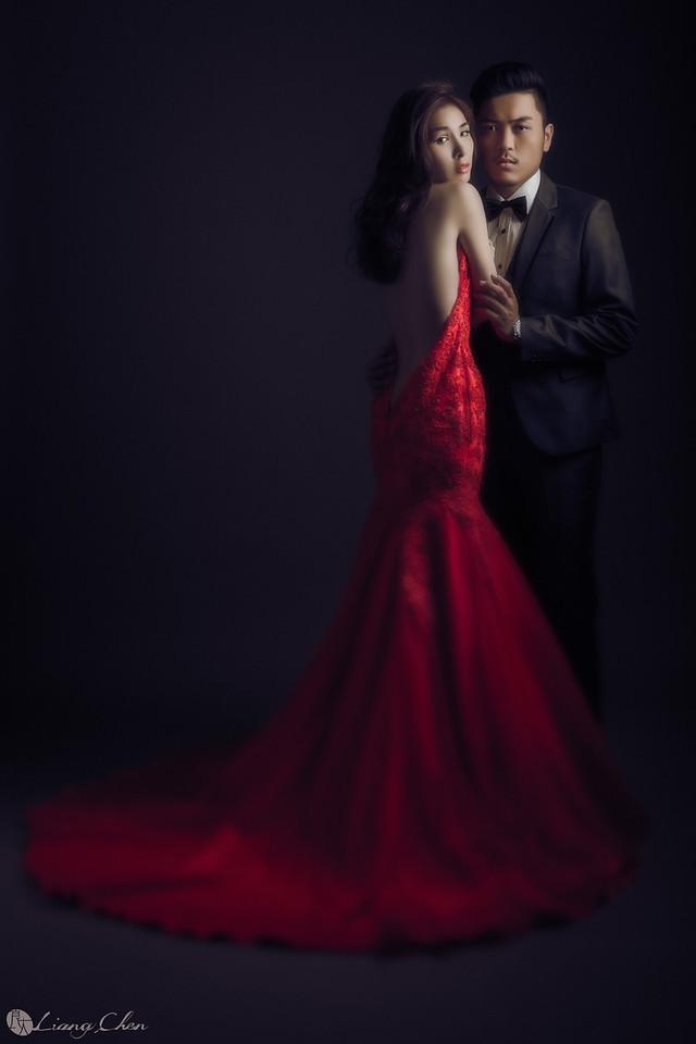 自主婚紗,Pre-Wedding,獨立婚紗,自助婚紗,海外婚禮, 海外婚紗,婚紗攝影,,image ,Wedding  photo,pre wedding,bride, 婚攝,台北攝影師,台灣攝影師,婚紗攝影師,婚紗攝影工作室,良大LiangChen,婚禮攝影, 婚禮紀錄,婚禮,婚紗,攝影,白紗,禮服, 婚禮攝影,婚禮拍照,拍婚紗,拍婚禮,結婚迎娶,訂婚儀式,人像婚紗, 個性時尚婚紗, Howbon Floral Design 好棒花藝,新娘捧花,Alisha&Lace 愛儷紗&蕾絲手工婚紗,棚內婚紗照,肖像婚紗,陽明山,造型師Vivi Makeup Studio,造型師瑋翎,造型師Nina楊夢稊, 白紗禮服,量身訂制白紗禮服,棚內婚紗,復古婚紗,台灣廟宇拍婚紗,紅色禮服婚紗照,陽明山拍婚紗,紅色旗袍,北投龍鳯谷