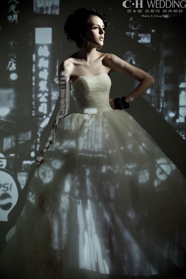 自助婚紗,海外婚禮,海外婚紗,婚紗攝影,婚攝,婚紗攝影工作室,良大LiangChen,婚禮攝影,婚禮紀錄,雜誌廣告形象,CHWedding